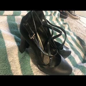 Like New black heels